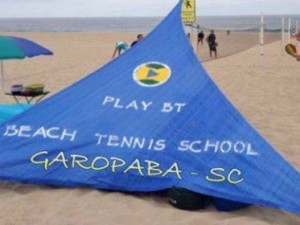 Play Beach Tennis School